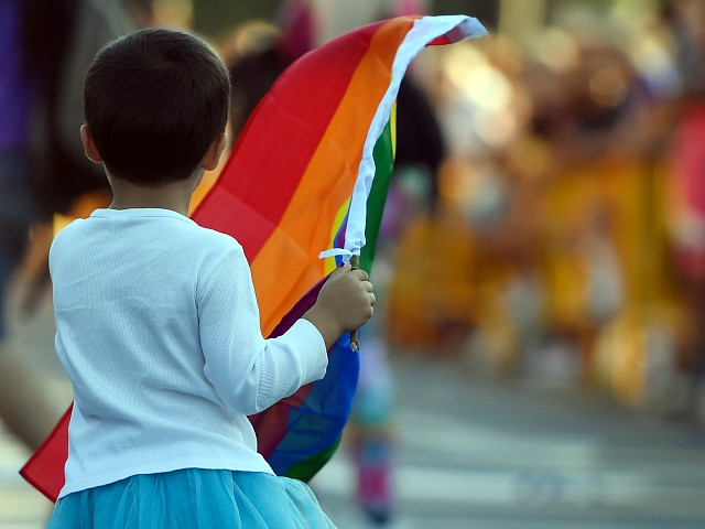 NHS 'Over-Diagnosing' Transgender Children, Psychologists Warn