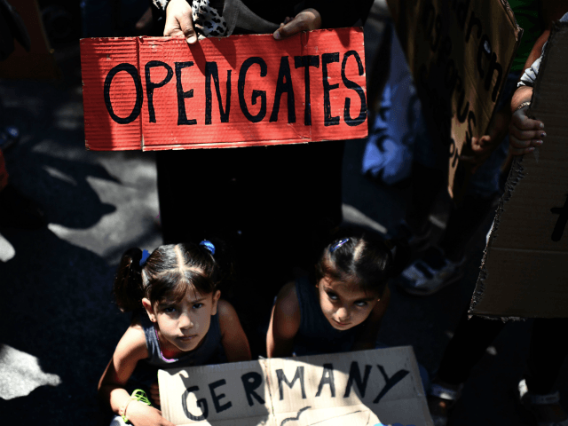 German Greens Propose Giving Passports to All 'Climate Refugees'