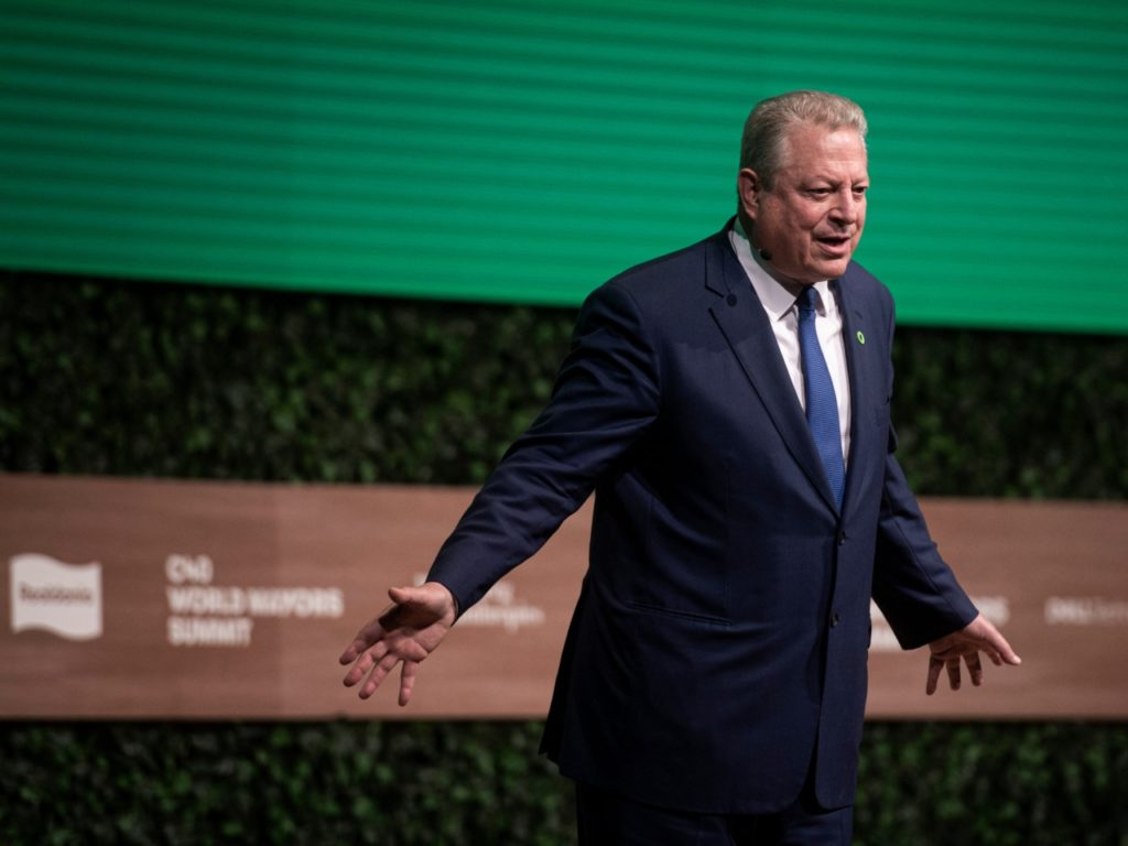 Climate Activists Cheer as Al Gore Slams UK's 'Stupid' Brexit Decision