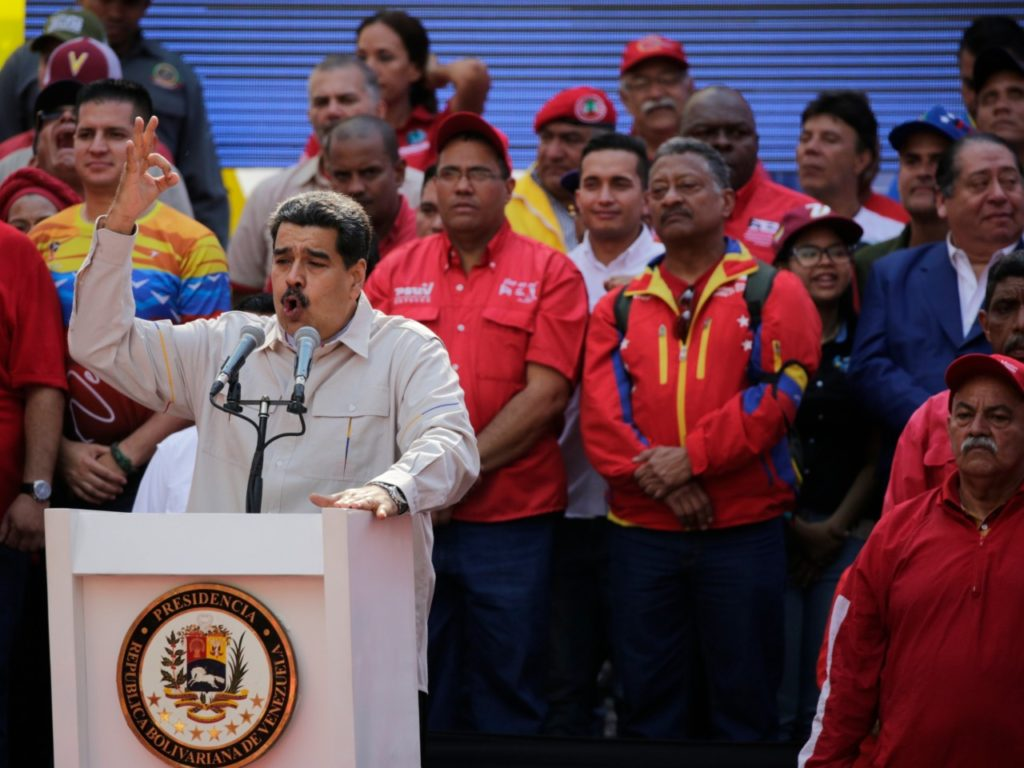 Maduro Declares Venezuela Full of 'Happiness and Peace' in Musical Christmas Message