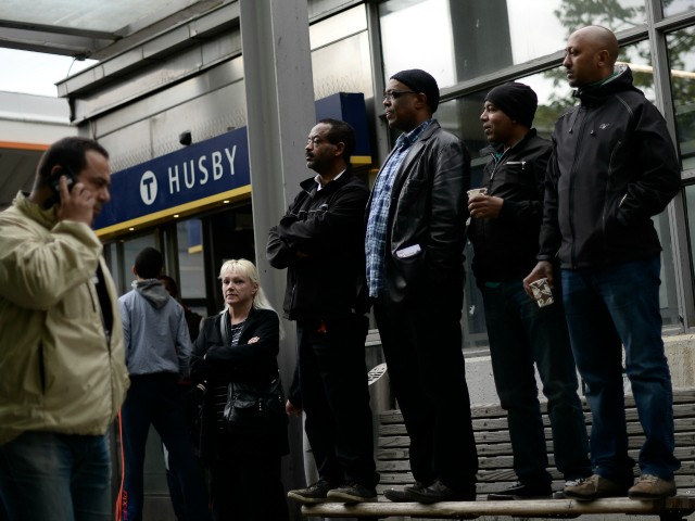 Claim: Women Quitting Jobs in Swedish No-Go Area Mall Due to Harassment from Migrant Men