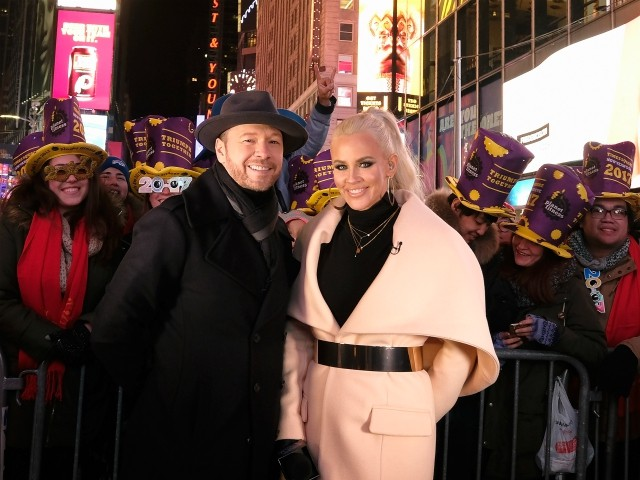 Actor Donnie Wahlberg Gives $2,020 Tip Waitress on New Year's Day