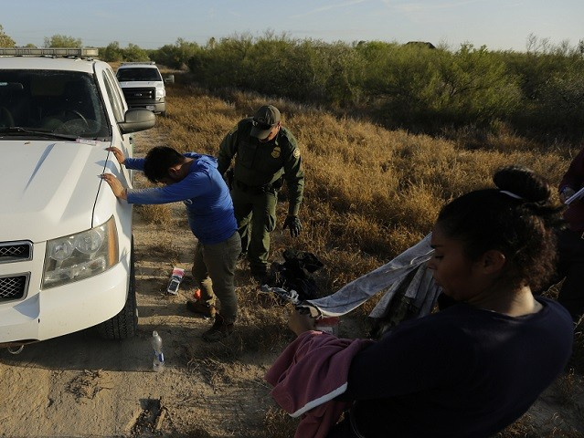 Migrant Apprehensions at Border Drop 11 Percent in January amid 8-Month Decline