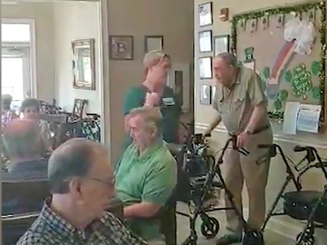 Watch— Assisted Living Residents, Veterans in Alabama Sing God Bless America in Quarantine