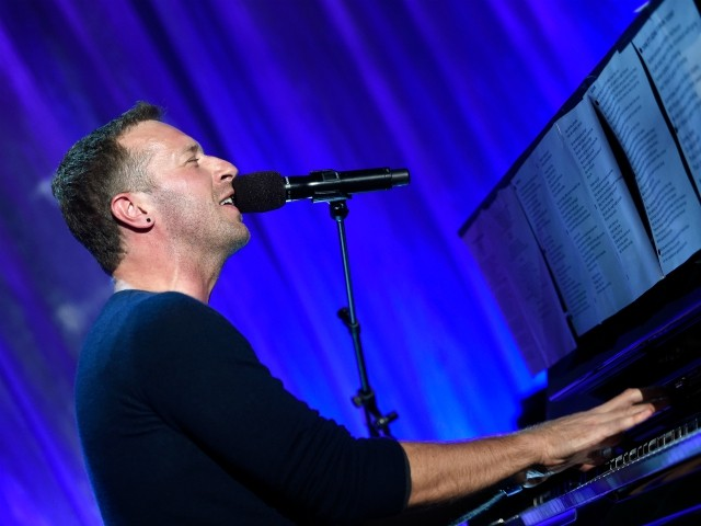 Coronavirus: Coldplay's Chris Martin, Keith Urban, and More Host Online Concerts