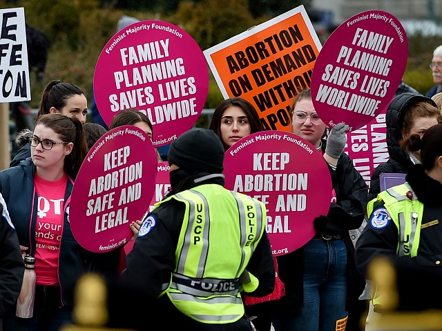Abortion Lobby Condemns Safety Law at Center of Landmark SCOTUS Case