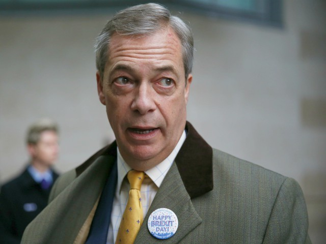 'Too Late': Farage Criticises Open Borders While Britons Locked Down in Coronavirus Crisis