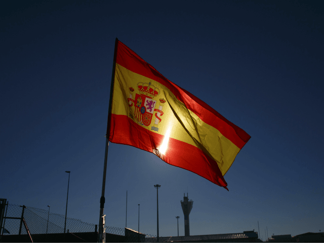 Spaniards Will Be Allowed to Leave Home for Short Walks from May 2nd