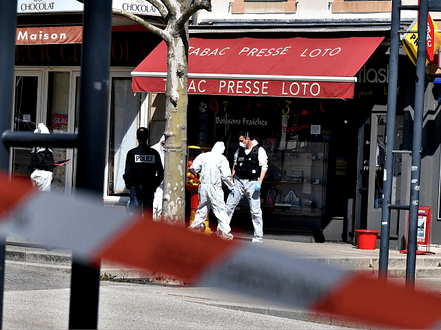 Suspected Terrorist Found 'Praying In Arabic' on Street After Knife Rampage