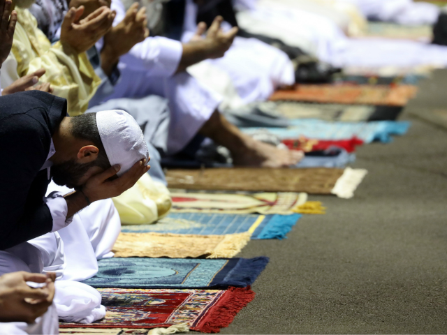Muslims Try to Embrace Ramadan Spirit During Coronavirus Restrictions