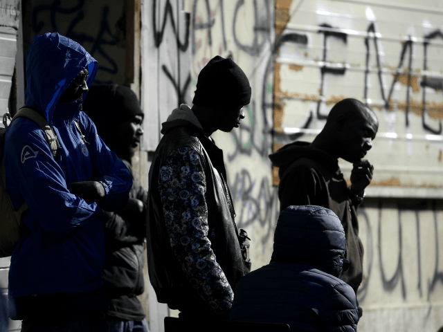 Italy Grants Illegal Migrants Six Month Amnesty Residency Permits