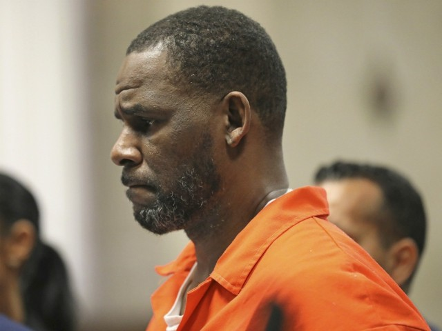 R. Kelly Attacked by Inmate in Chicago Prison