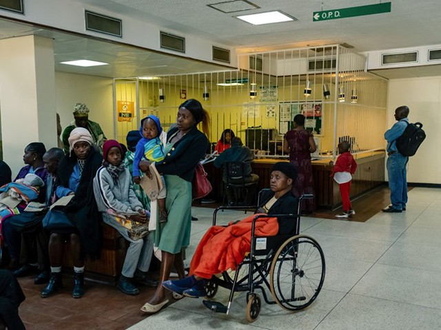Zimbabwe: Nurses Rejecting Patients with Local Currency, Selling Drugs on the Side