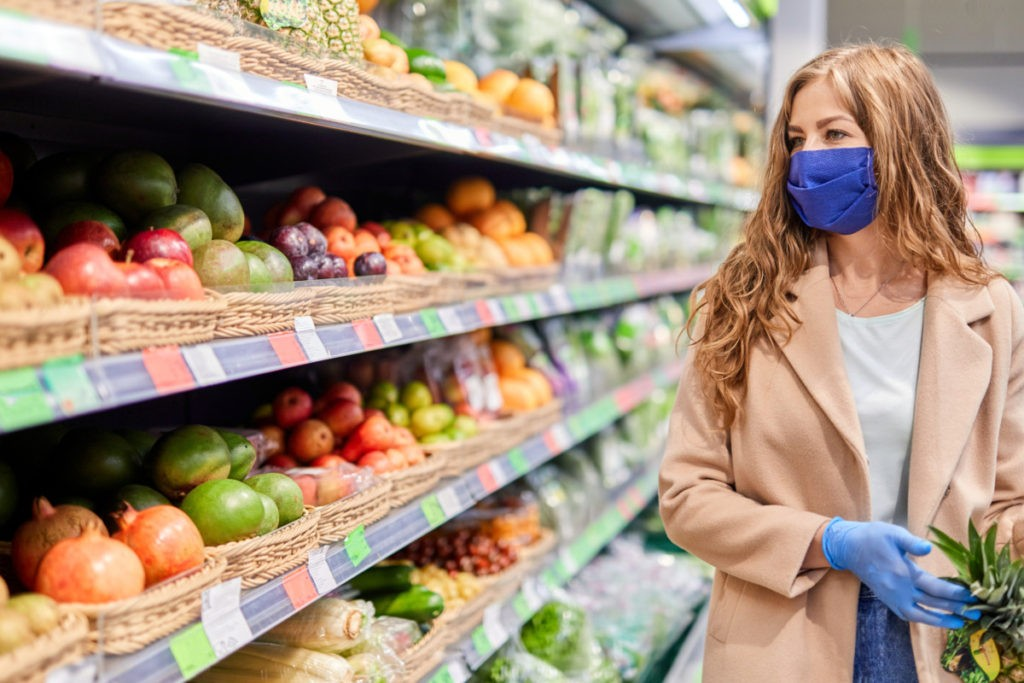 Summer Rise in Infections Did Not Reduce the Number of Americans Shopping or Dining Out