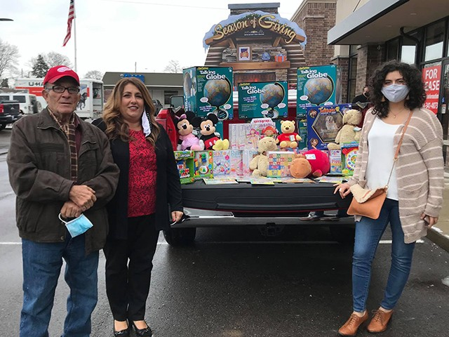 Toy Store Owner Whose Business Went Under Donates Inventory to Charity