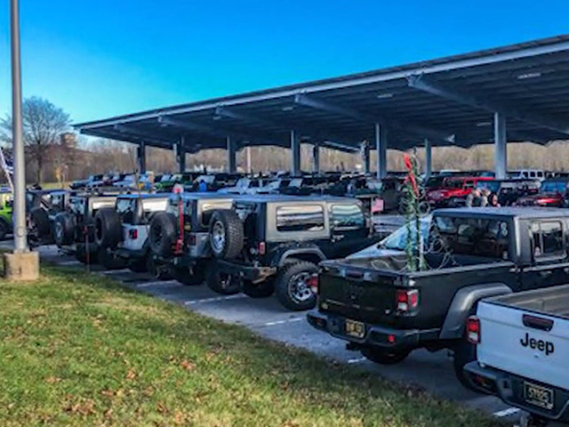 Law Enforcement Group Hosts Jeep Convoy to Support Injured Officer