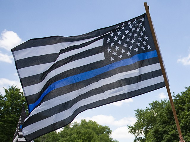 Community, Sheriff Support Thin Blue Line Flag After California City Council Calls It Racist