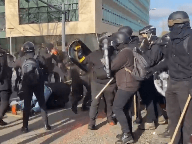 Shots Fired as 'Patriots,' Antifa Clash for 2nd Straight Weekend near Washington St. Capitol