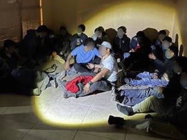 64 Migrants Apprehended in Smuggling Incidents over Christmas Weekend in Texas near Border
