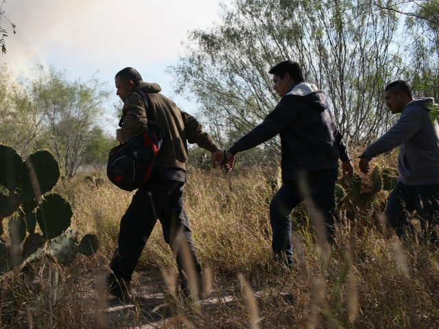 Migrants from Bangladesh, Uzbekistan Increasingly Found in Arizona, Say Feds