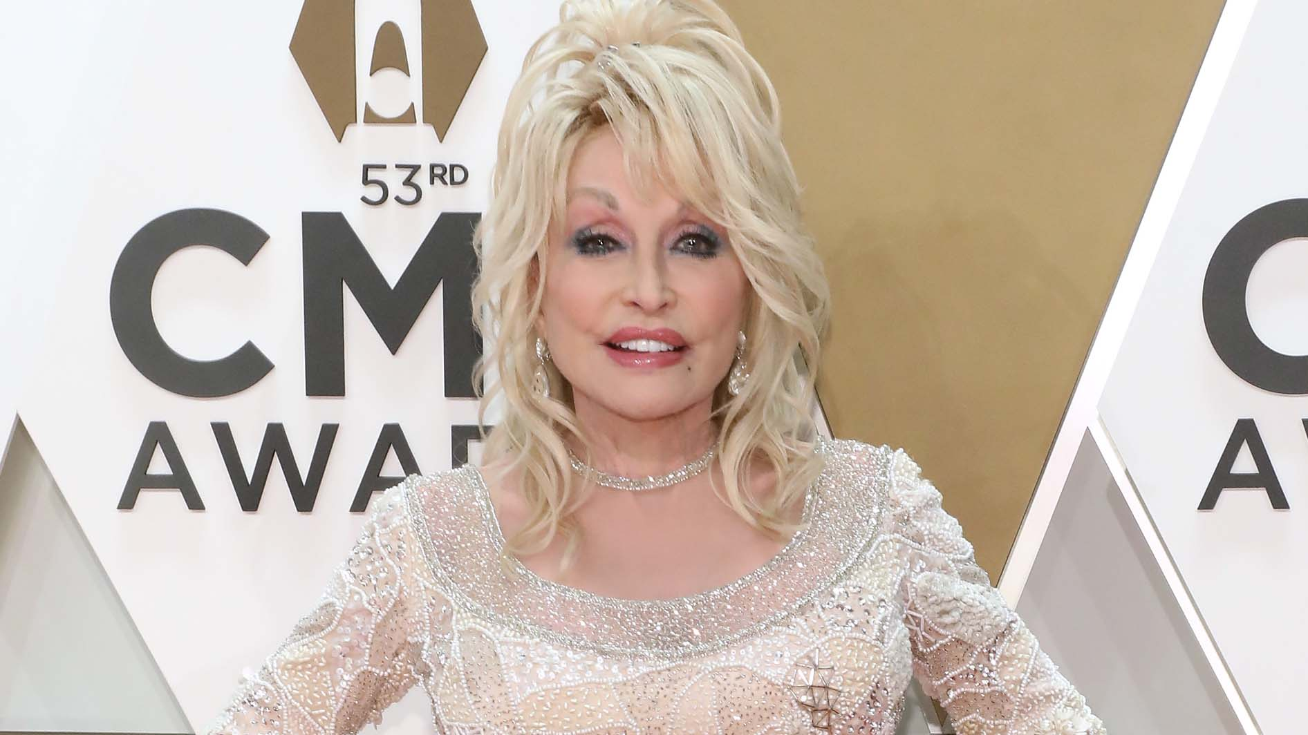 Dolly Parton's faith compelled her COVID-19 research donation, won't jump the line to get vaccine