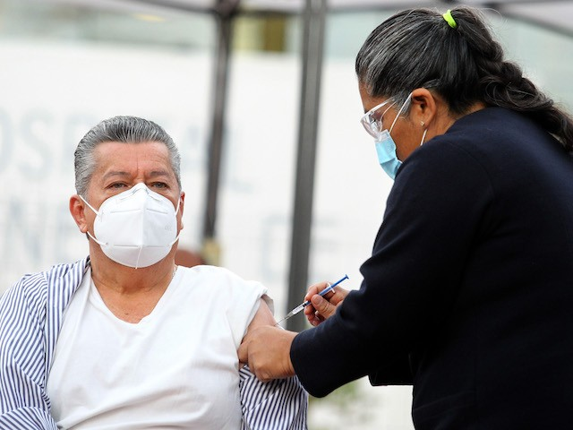 Wealthy Mexicans Traveling to U.S. to Get Coronavirus Vaccine