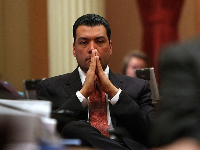 "On Friday's broadcast of HBO's ""Real Time,"" Sen. Alex Padilla (D-CA) said that the recall effort against California Gov. Gavin Newsom (D) is Republicans ""setting their sights on Gov. Newsom because of the Trump administration's failures to respond to COVI"