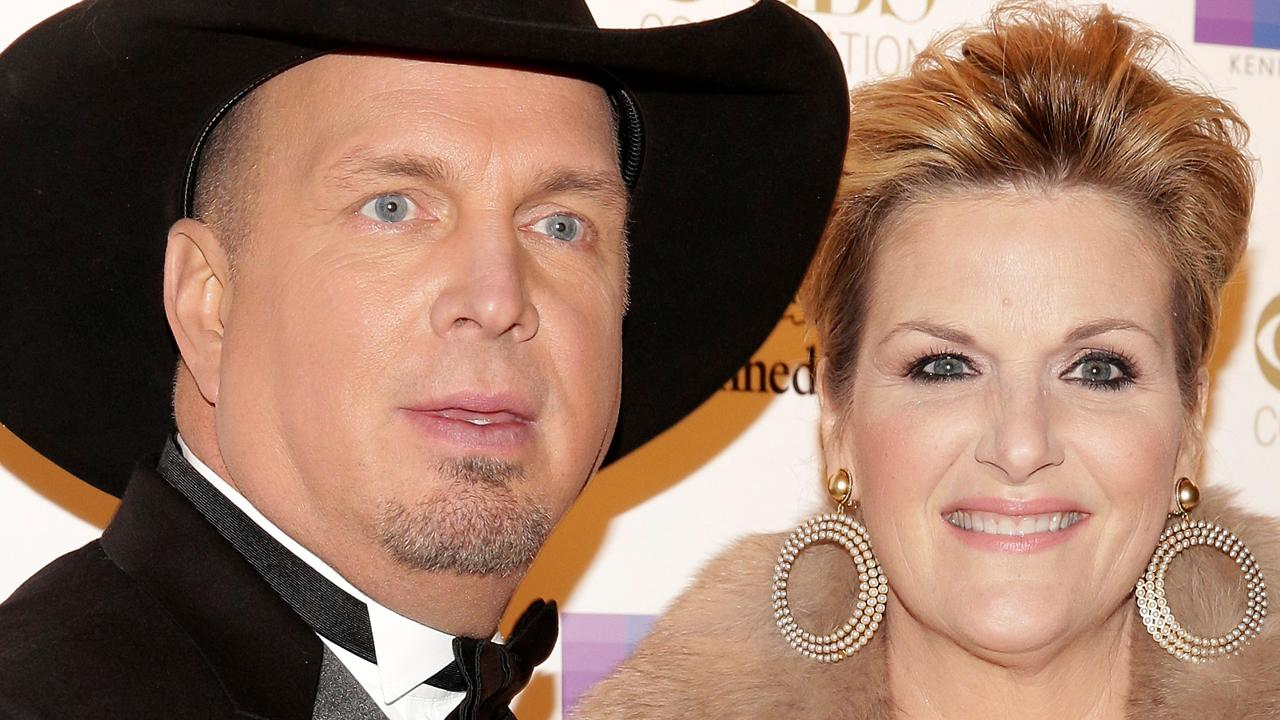 Home for Is garth brooks and trisha yearwood still married