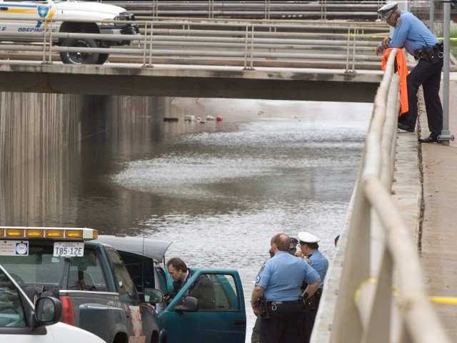 Houston Police Officer Believed Drowned in Harvey Floodwaters