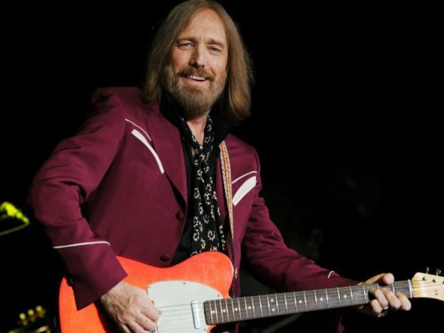Tom Petty, a Heartbreaker, a Wilbury, and Much Else, Ascends to Rock 'n' Roll Heaven