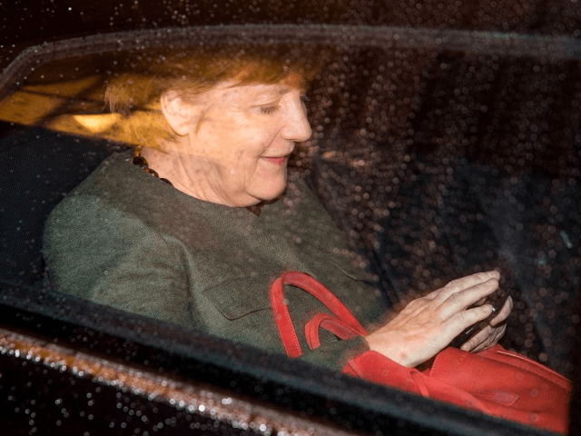 Majority of Germans Favour Snap Election as Merkel Coalition Talks Stumble