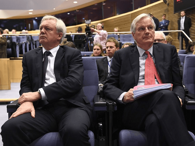 Chance of 'Hard Brexit' Grows as EU Head Negotiator Rules out Tailored Deal: 'UK Must Face the Consequences'
