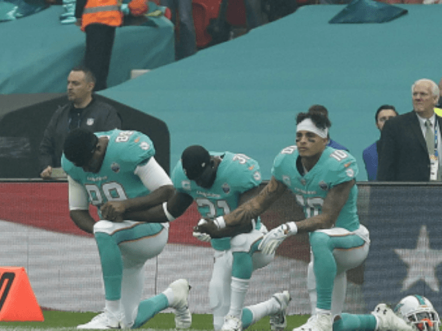 Week 17 NFL Preview: Miami Dolphins Anthem-Kneelers Down From 3 to 1