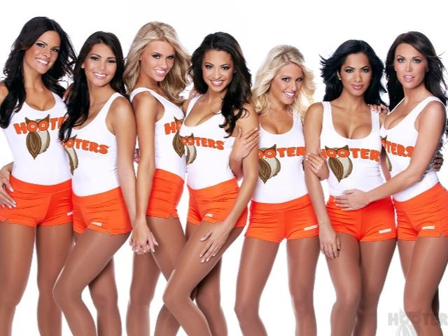 Texas Christian College Frowns on Students Working at Hooters