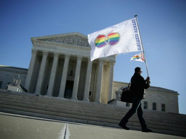 Second Circuit Appeals Court: Title VII Protects Gay People, May Go to Supreme Court