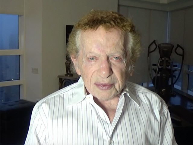 Jackie Mason Blasts 'Pig Bastard' Democrats for Fighting Trump Wall: 'Why Should People Die for Nothing?'