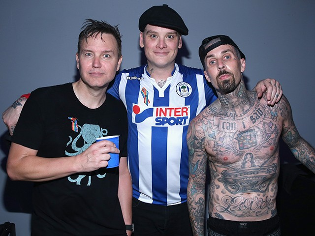 Blink-182 Calls for Boycott of FedEx over Support for NRA