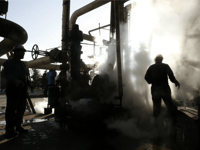 Iran Signs $742 Million Oil Deal with Russian Company