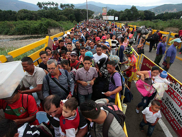 U.N. Official: More Venezuelans Fleeing to Colombia than Africans to Italy at Peak of Migrant Crisis