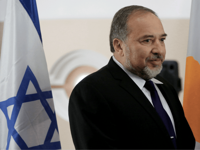 Israeli Defense Minister Liberman Condemns 'Choir of Hypocrites' Calling for Probe of Gaza Casualties
