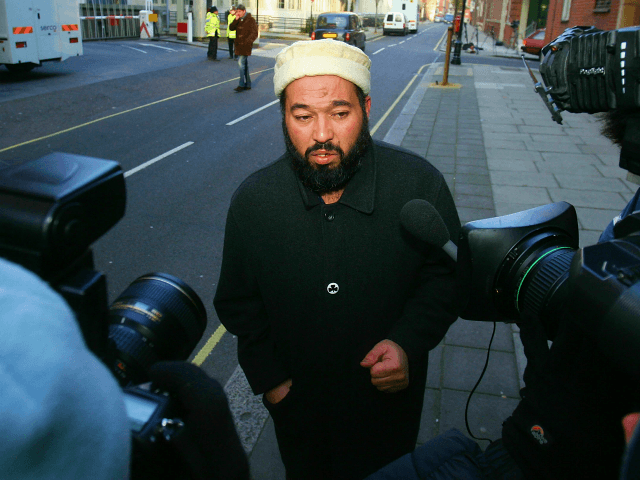 Mosque Leader, Father of Jihadists Dislocates Woman's Shoulder Trying to Exorcise 'Demon'