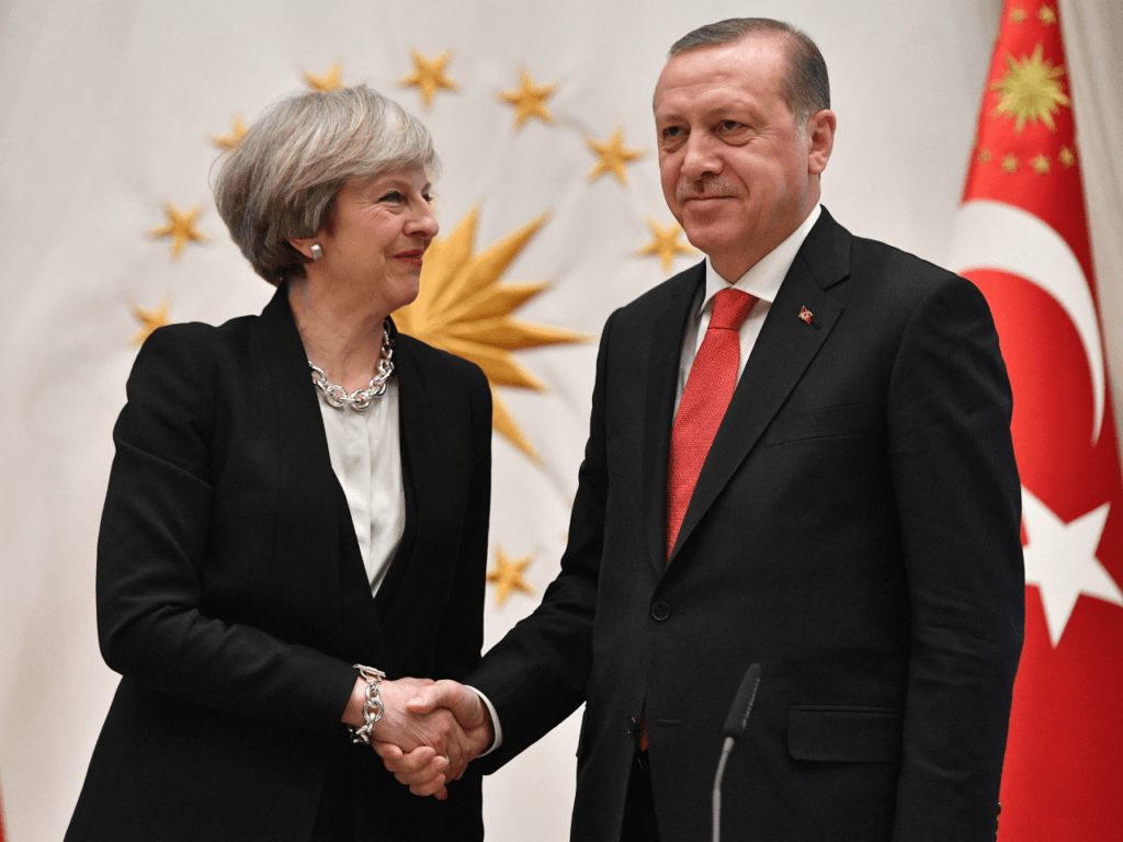Turkey's Erdoğan to Visit London and Meet Queen, PM May This Weekend