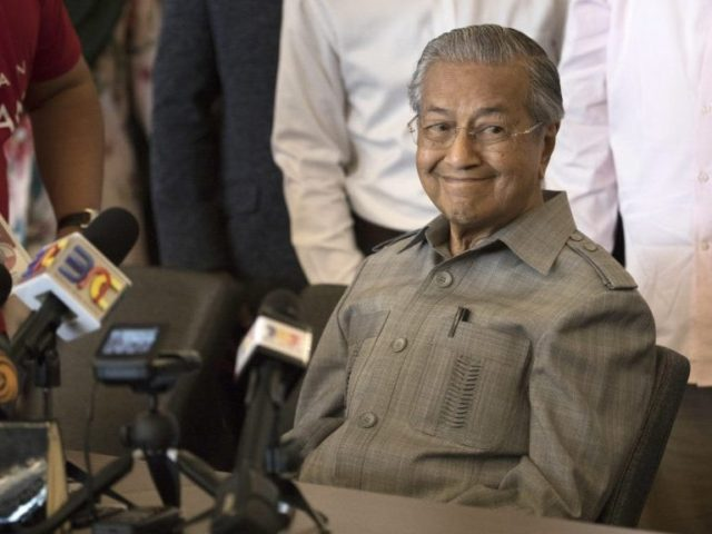 World View: Malaysia Shocked as 92-Year-Old Mahathir Mohamad Becomes Prime Minister
