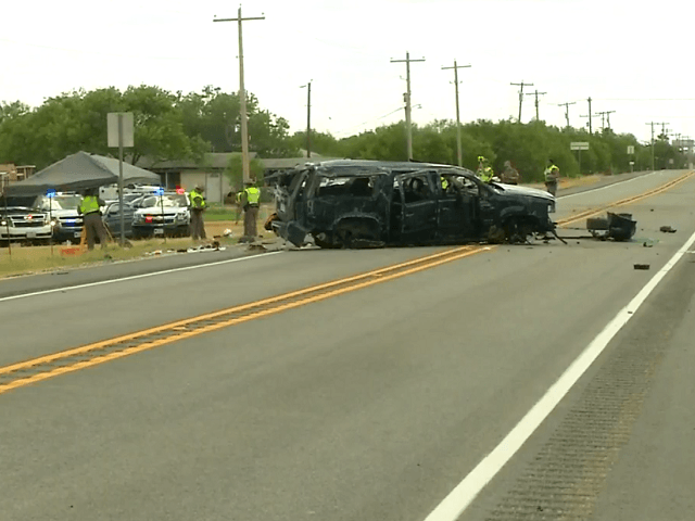 5 Migrants Killed in Possible Human Smuggling Rollover Crash
