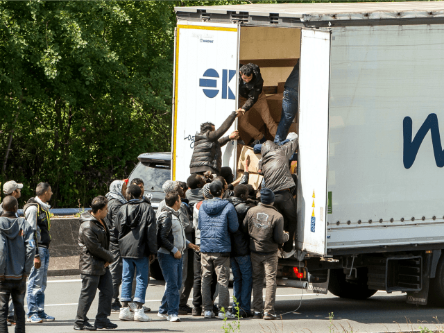 Dunkirk: Lorry Driver Stabbed by Migrants Trying to Break into Britain