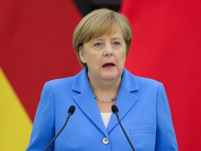 'Destiny Day' for Merkel as Allies Set to Issue Migration Ultimatum