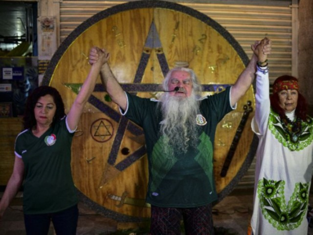 Mexico's 'Grand Warlock' Casts World Cup Spell to Help Team