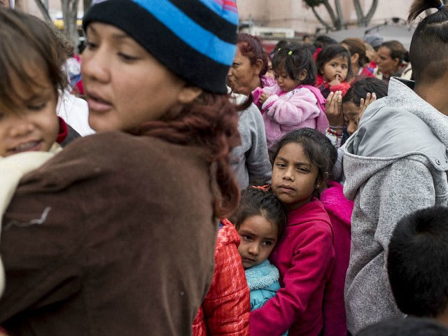 Report: Mexico Using 'Racist Criteria' to Expel Massive Number of Central American Refugees
