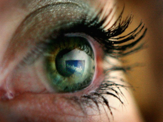 Facebook May Track User Eye Movement to 'Reduce Consumer Friction'