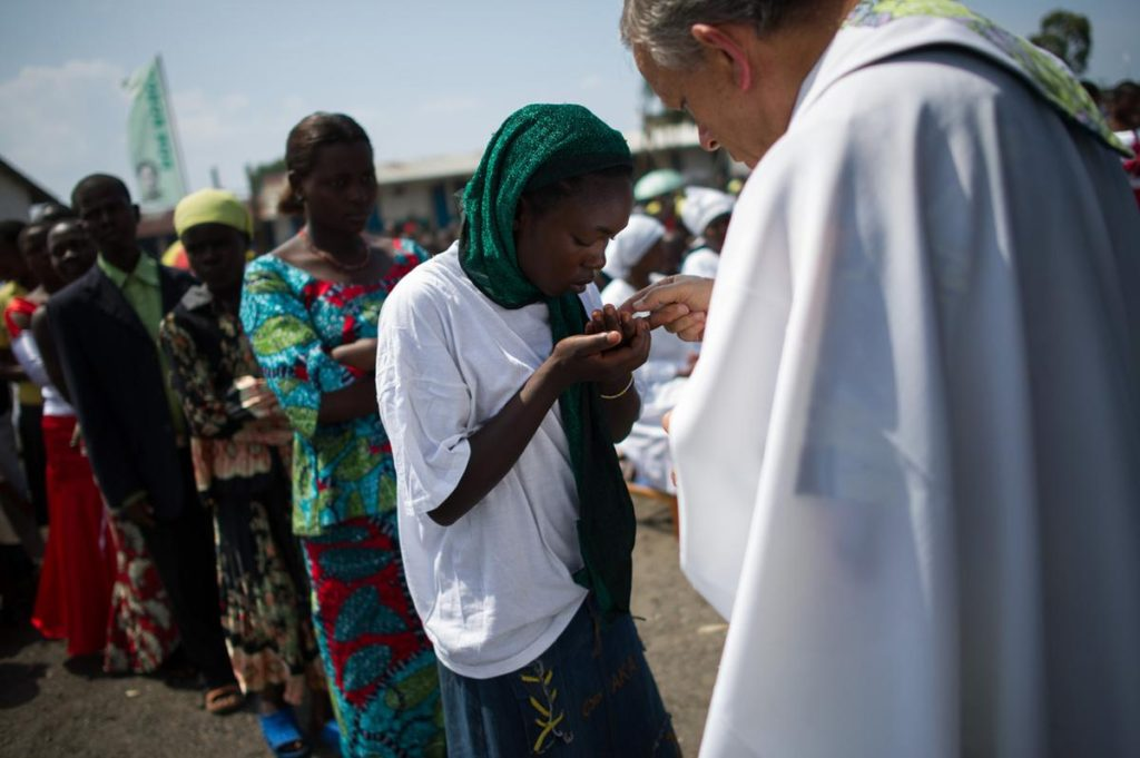Report: D.R. Congo's Churches Suspend Sacraments in Ebola-Affected Regions